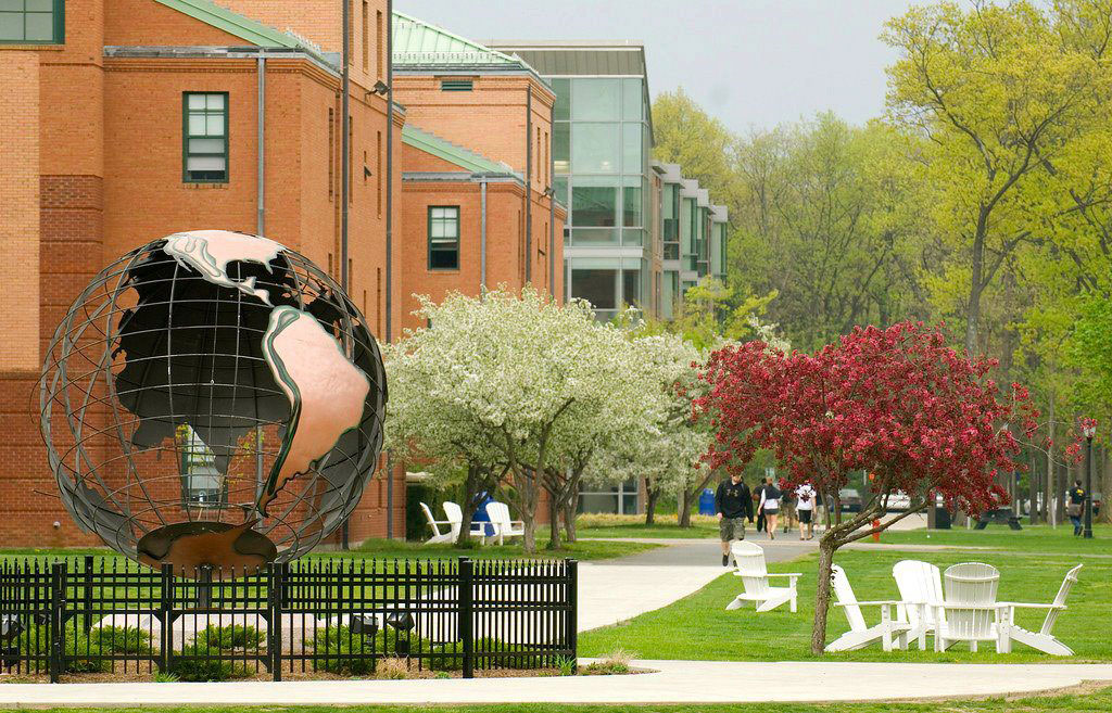 westfield state college essays Find everything you need to know about westfield state college, including tuition & financial aid, student life, application info, academics & more.