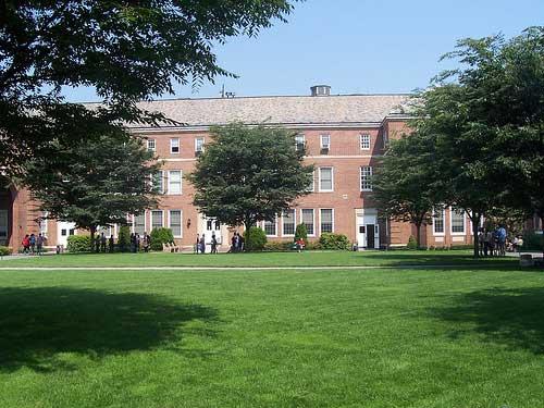 Colleges In Manhattan >> Manhattan College Bronx Ny Va Education Benefits